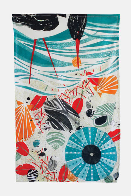 Akau (shoreline) Tea Towel
