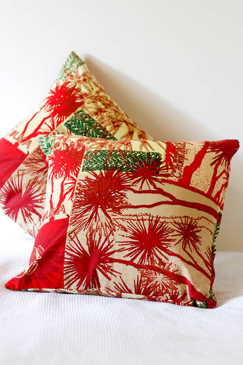 Cabbage Tree Berries cushion