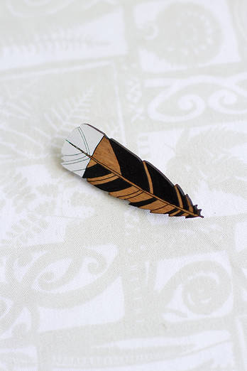 Huia Feather small