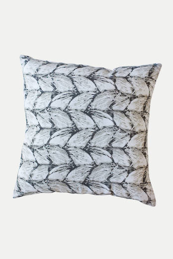 Whiri linen cushion