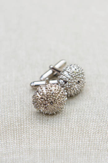 White Bronze Kina Cufflinks